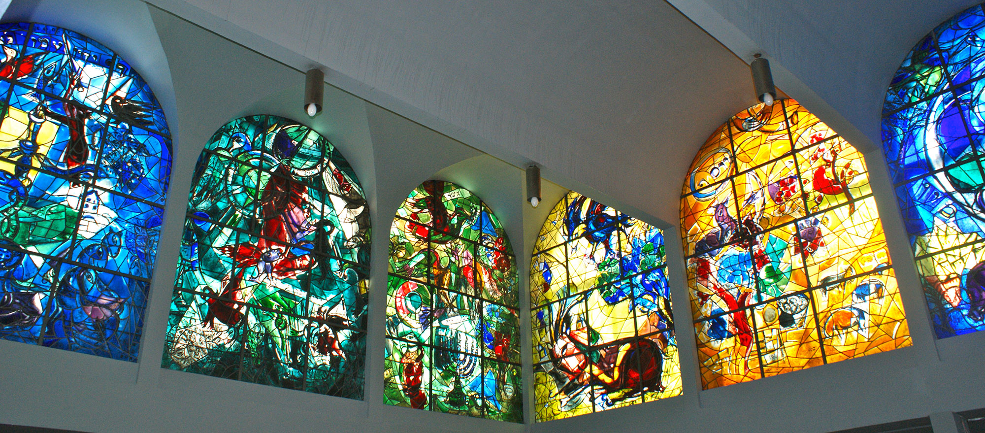 1959-stained-glass-windows-Hadassah-Hebrew-University-Medical-Centre