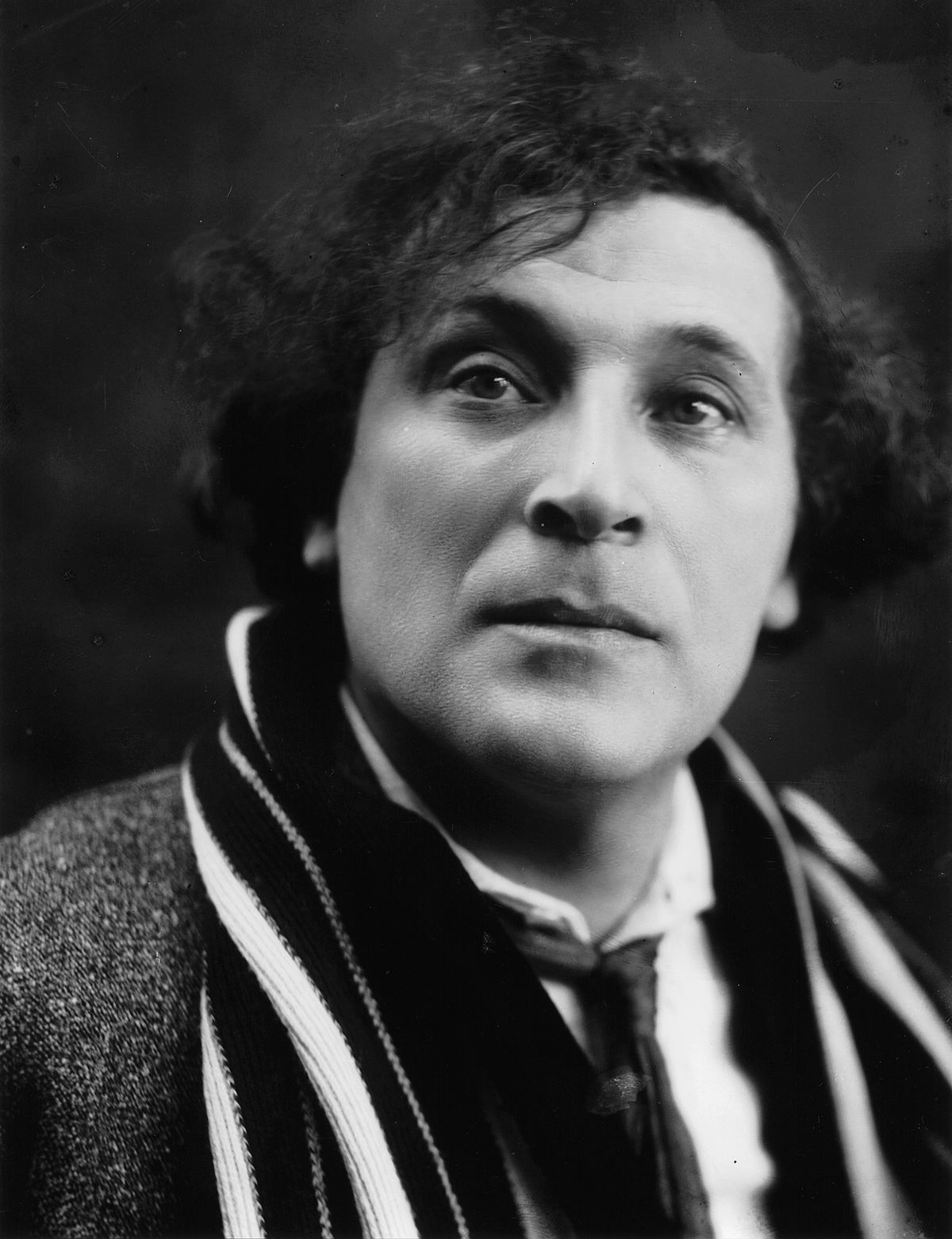 Marc Chagall c.1920 (by Pierre Choumoff)