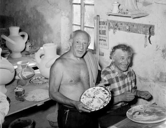 picasso_chagall-making-ceramics-together